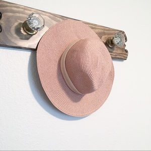 Madewell Accessories - Madewell Packable Mesa Straw Hat S/M Blush
